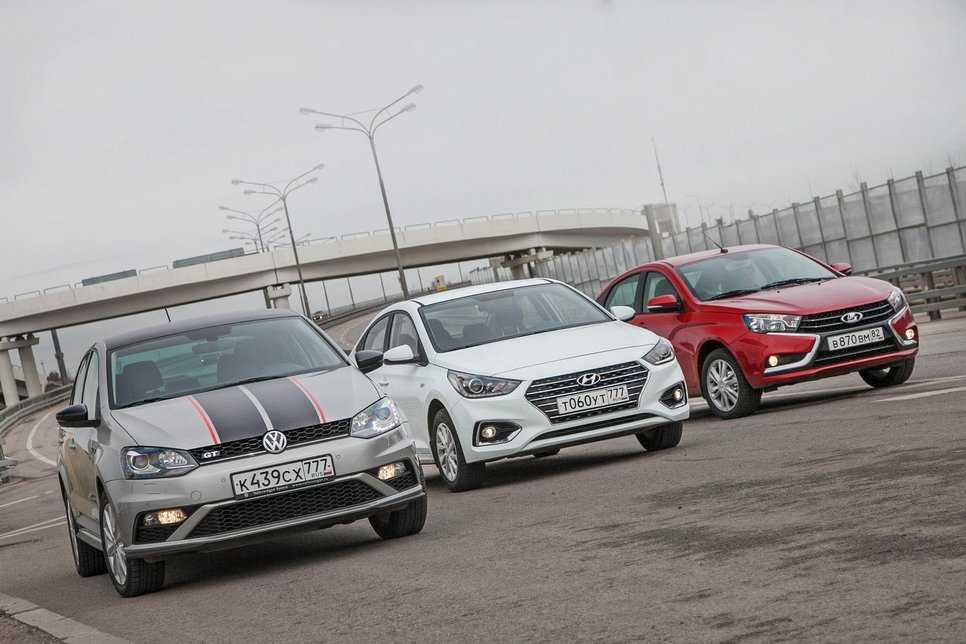 Прицениваемся к седанам Lada Vesta, Kia Rio и Volkswagen Polo. Тест-драйв lada vesta,kia rio,volkswagen polo — ДРАЙВ