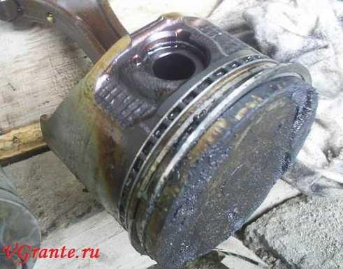 Замена шатунно-поршневой группы в двигателе Лады Гранты.