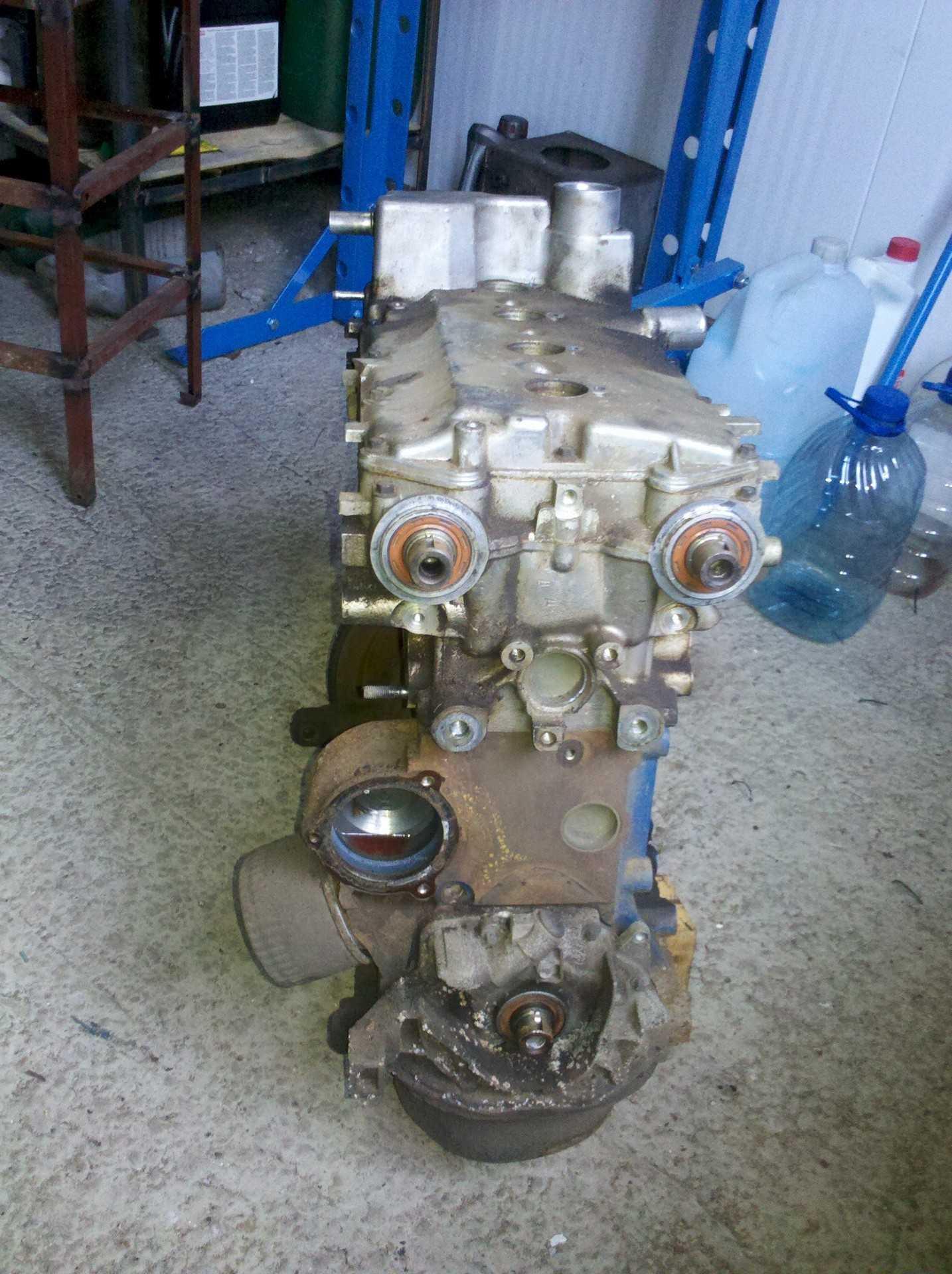 На каких моделях двигателя гнет клапана?