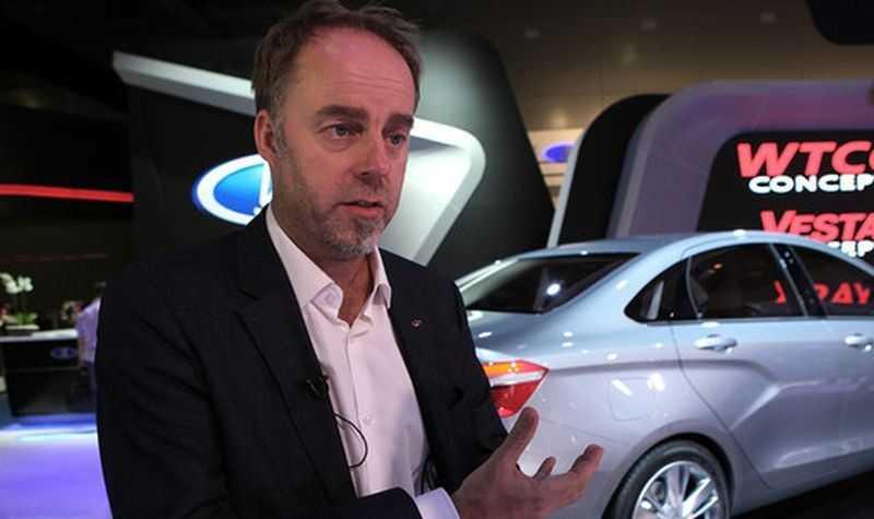 Чем отличается лада веста седан от весты cng. АвтоВАЗ начал производство Lada Vesta CNG, которая способна проехать 1000 км без дозаправки. Лада веста на газу дата выхода