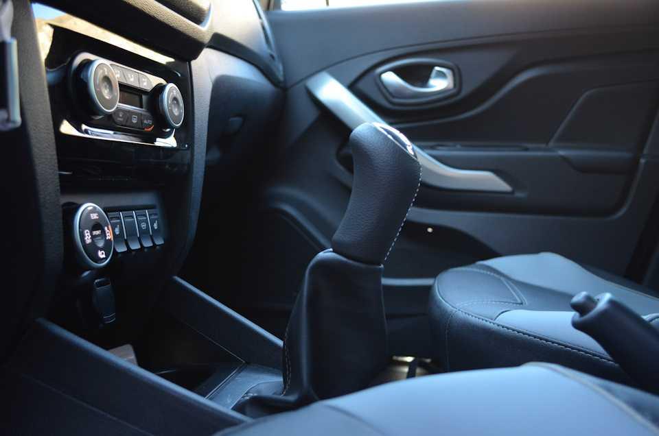 Фото Lada XRay - фотографии, фото салона Lada XRay, I поколение