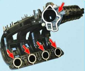 Замена уплотнителей впускного коллектора Лада Приора