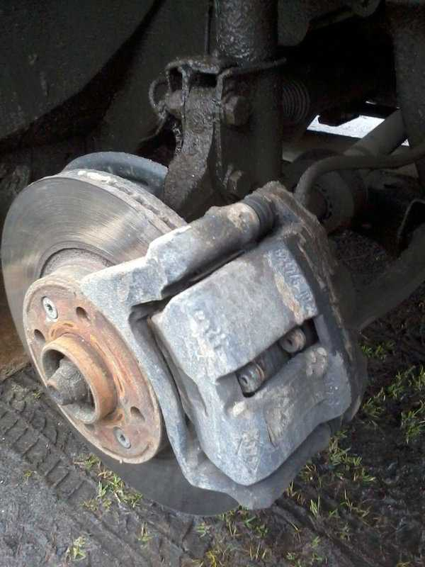 Колодки тормозные передние LADA Largus/Лада Ларгус 16 кл комплект 1коробка с фургон/универсал без у 410608481R Автоваз. Продажа оптом и в розницу.